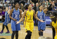 Parker (center) and Essence Carson (far right), with Lindsay Whalen, Sylvia Fowles and Maya Moore of the Minnesota Lynx in 2016