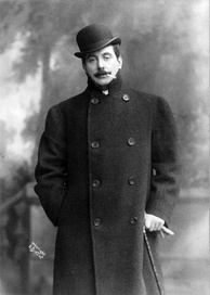 Puccini photographed in 1908
