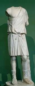 A young man with a chiton. Roman copy of a Greek original of the 4th century BCE.