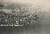 Two aerial photos of Istanbul, the Golden Horn and the Bosphorus, taken from a German zeppelin on 19 March 1918.