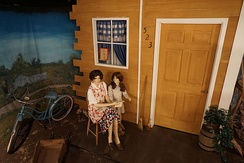 A World War II American home front diorama, depicting a woman and her daughter, at the Audie Murphy American Cotton Museum