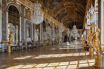 Hall of Mirrors in Versailles (1678–1686)