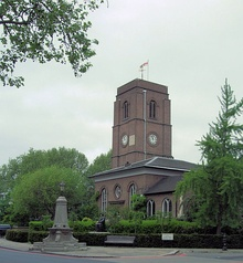 Chelsea Old Church in London.jpg