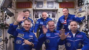 The Expedition 52 crew expanded to six. In the front row from left are the newest crew members Paolo Nespoli, Sergey Ryazanskiy and Randy Bresnik. In the back row are Peggy Whitson, Fyodor Yurchikhin and Jack Fischer.