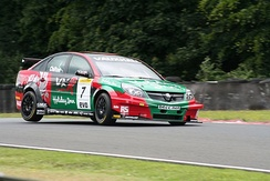Chilton driving for VX Racing at Oulton Park during the 2007 BTCC season.