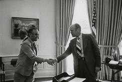 Novak greeting President Gerald Ford in 1975