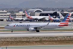 American Airlines Airbus A321 at Los Angeles International Airport in 2015