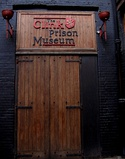 2005-06-21 - London - The Clink Prison Museum (4887300019).jpg