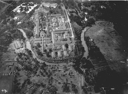 STOVIA medical school complex during the 1920s, the complex consists of buildings now known as the Faculty of Medicine of Universitas Indonesia (top) and Cipto Mangunkusumo Hospital (center).