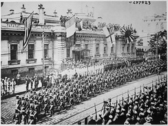 Allied troops parade through Vladivostok in armed support of the anti-communist White Army, September 1918