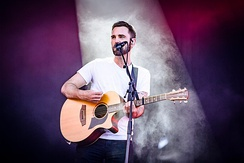 Johnny McDaid joined the group in 2011 after serving as a guest musician and songwriter in the studio.
