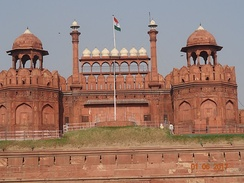 "Every year on the Independence day of India (15 August), the Prime Minister hoists the Indian ""tricolour flag"" at the main gate of the fort and delivers a nationally broadcast speech from its ramparts here."