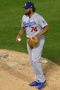 Jansen pitching for  the Los Angeles Dodgers in 2017