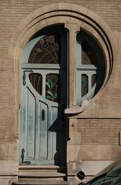 An Art Nouveau doorway in Ixelles, dating from 1902