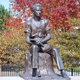 """Young Lincoln"" statue in Senn Park, Chicago"