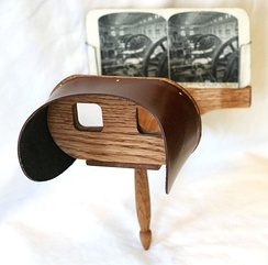 Reproduction of a Holmes-type stereoscope