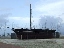"The working replica of the ""Comet"" is in Port Glasgow; it was built in 1962 for the 150th anniversary"