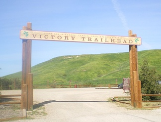Victory Trailhead to the Upper Las Virgenes Canyon Open Space Preserve, West Hills