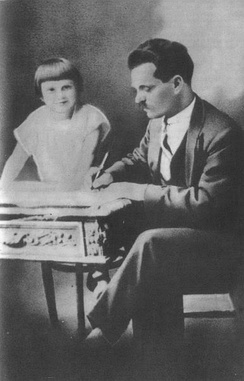 Nestor Makhno and his daughter Yelena in Paris