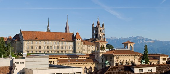 The Protestant Cathedral of Notre Dame dominates the Lausanne skyline (left: Old Academy, right: Palais de Rumine).