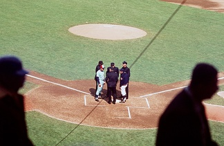 Mauch (left) managing the Montreal Expos in July 1969 at Shea Stadium, New York.