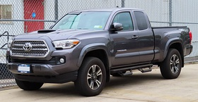 2016 Toyota Tacoma TRD Sport Access Cab 3.5L front 5.14.19.jpg