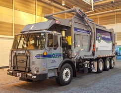 2017 Autocar Xpeditor (ACX) refuse truck