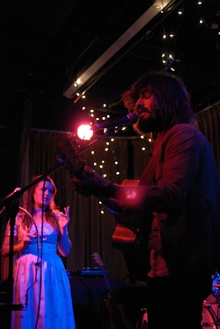 Angus & Julia Stone performing in 2009.