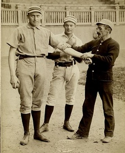 Casey (left) with Charlie Bastian and trainer