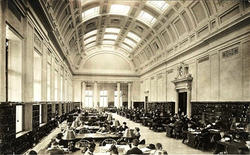 "The main reading room in 1915. By World War II women could enter ""to use the en­cy­clo­pe­dias and things like that there, if we stood up, but we couldn't sit down.""[137]:56-7"
