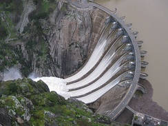 Aldeadávila Dam, which with 1,146 MW is the most powerful in the country.