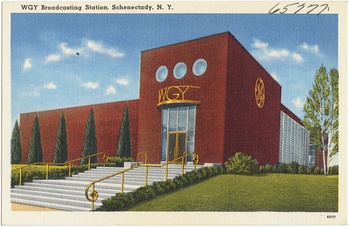 The studio building as it appeared circa 1938-1945.