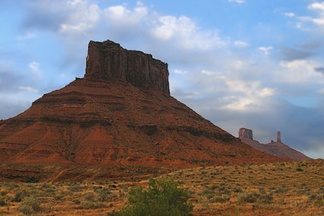 The series was partly shot in Castle Valley, east of Moab, Utah, where John Ford had made four Westerns.