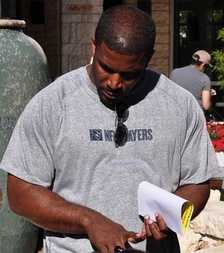 Priest Holmes became one of the league's top backs in the early 2000s