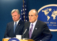 "Thomas Von Essen and Giuliani at the New York Foreign Press Center Briefing on ""New York City After September 11, 2001"""