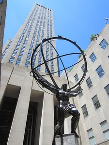 Lee Lawrie, 1936–37, Atlas statue, in front of the Rockefeller Center in New York (installed 1937)
