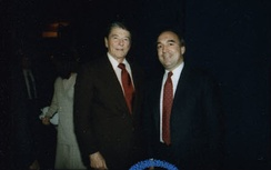 Engler with President Ronald Reagan in 1988