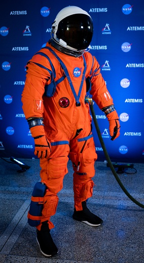 OCSS suit for launch and reentry