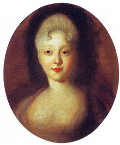 Elizabeth in the 1720s (as painted by Ivan Nikitich Nikitin)