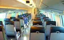 Interior view of the top deck of a VR InterCity2 double-deck carriage