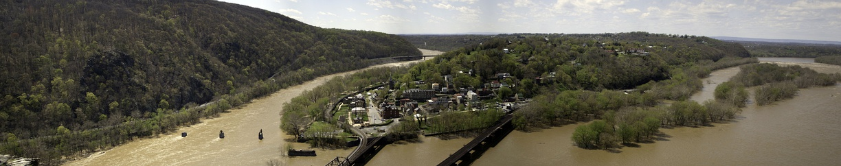 Harpers Ferry is located at 39°19′31″N 77°44′37″W / 39.32528°N 77.74361°W / 39.32528; -77.74361 (39.325398, −77.743599),[36] at the confluence of the Shenandoah River, left, and the Potomac River, right. Across the Shenandoah lie the Loudoun Heights, in Virginia, while across the Potomac are the Maryland Heights, in Maryland.