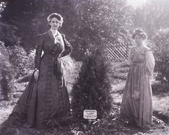 She was invited to Eagle House in Batheaston in 1910 where the leading suffragettes planted trees to commemorate their work. Here pictured with Annie Kenney