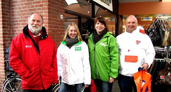 Members of four Dutch political parties (PvdA, D66, CDA and VVD) campaigning in Ulft, shortly before the 2010 municipal elections