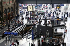 The busy Hauptbahnhof main hall