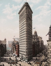 The Flatiron Building in New York City (1903)