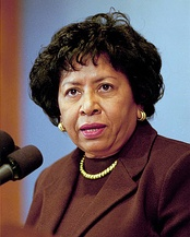 18th Brown president Ruth J. Simmons, 2001–2012, was the first African-American to lead an Ivy League university