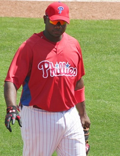 Ryan Howard signed a five-year, $125 million contract extension with the Phillies on April 26