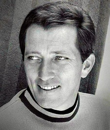 Andy Williams 1967 cropped.jpg