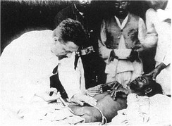 Paul-Louis Simond injecting a plague vaccine in Karachi, 1898