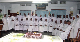 Syro-Malabar bishops at the Generalate of Sisters of the Destitute